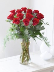 Elegant Red Rose Vase